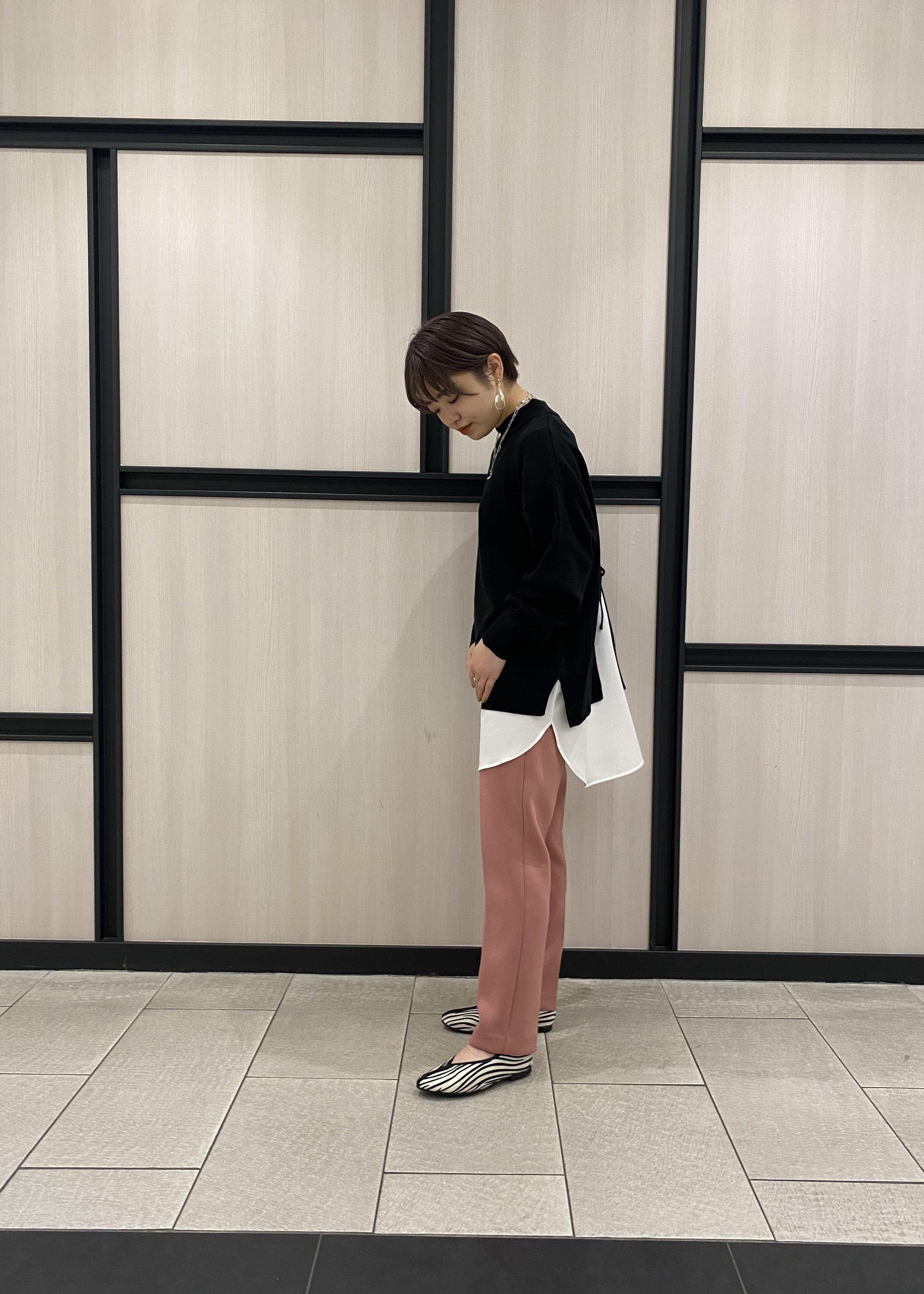 ViSのバックリボンレイヤードニットチュニックを使ったコーディネートを紹介します。|Rakuten Fashion(楽天ファッション/旧楽天ブランドアベニュー)1081012