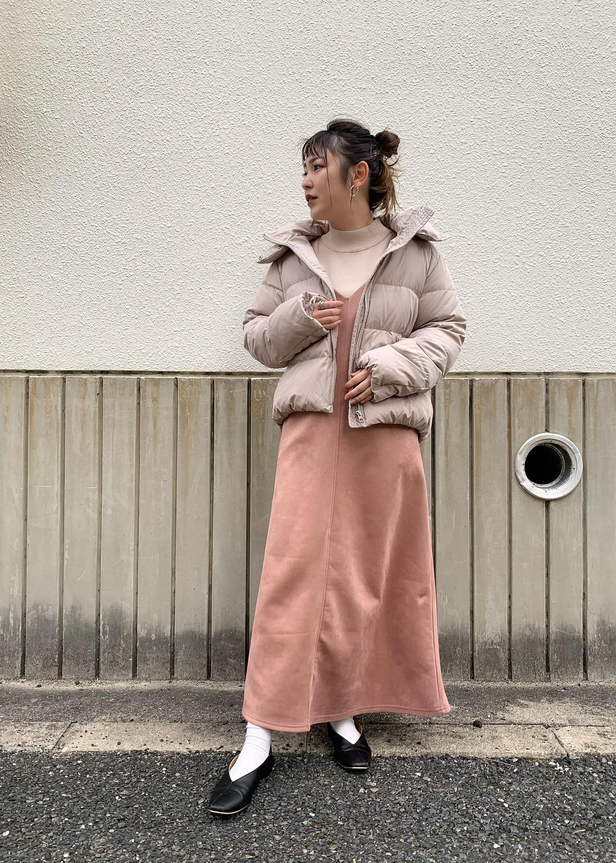 ViSの【ウォッシャブル】【パウダータッチエコスエード】キャミワンピースを使ったコーディネートを紹介します。|Rakuten Fashion(楽天ファッション/旧楽天ブランドアベニュー)1080902