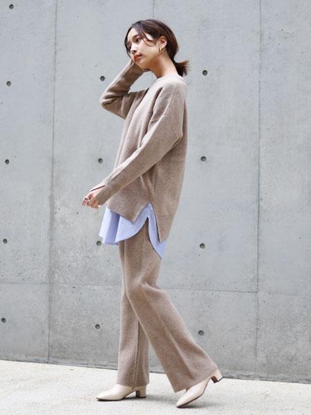 SLOBE IENAのEyreスムースニットプルオーバー◆を使ったコーディネートを紹介します。 Rakuten Fashion(楽天ファッション/旧楽天ブランドアベニュー)1073482