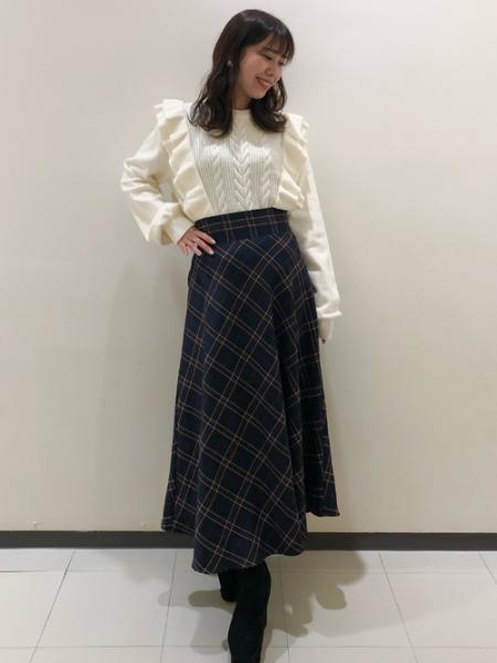 INGNIのBACKレースUPチェック柄フレア/SKを使ったコーディネートを紹介します。|Rakuten Fashion(楽天ファッション/旧楽天ブランドアベニュー)1074203