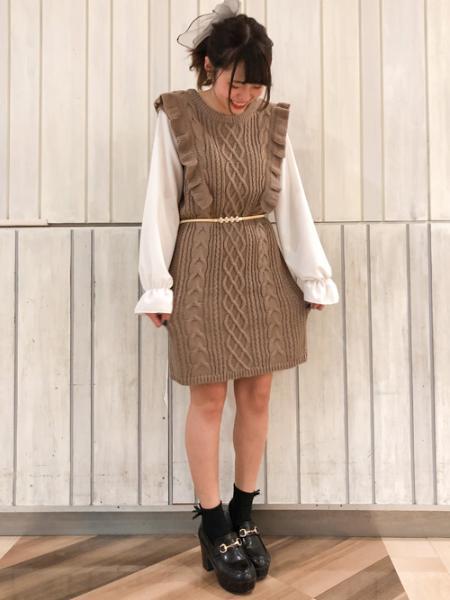 INGNIの袖異素材ケーブルOPを使ったコーディネートを紹介します。|Rakuten Fashion(楽天ファッション/旧楽天ブランドアベニュー)1074208