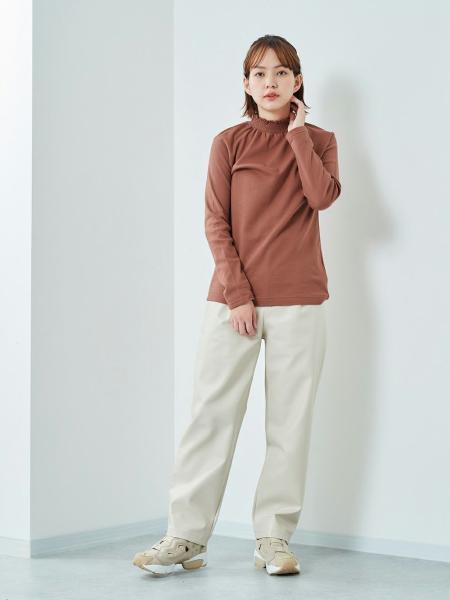 cepoの(W)スムースウラキモウスモッキングPOを使ったコーディネートを紹介します。 Rakuten Fashion(楽天ファッション/旧楽天ブランドアベニュー)1074994