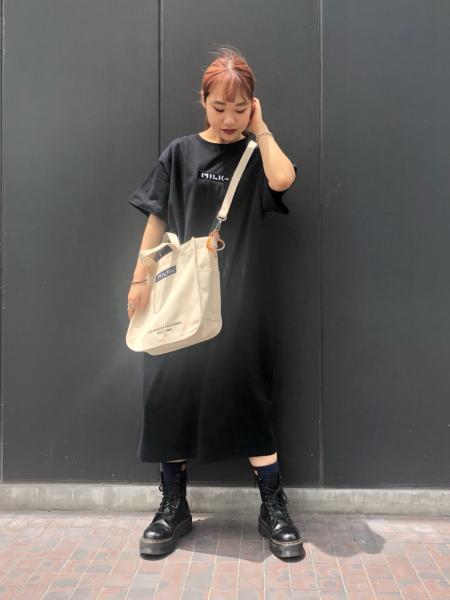 MILKFED.のEMBROIDERY BAR DRESSを使ったコーディネートを紹介します。|Rakuten Fashion(楽天ファッション/旧楽天ブランドアベニュー)1075038