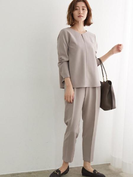 ROPE' PICNICの【360°ウルトラストレッチ】【WEB限定34,42サイズ】タックテーパードパンツを使ったコーディネートを紹介します。|Rakuten Fashion(楽天ファッション/旧楽天ブランドアベニュー)1075474
