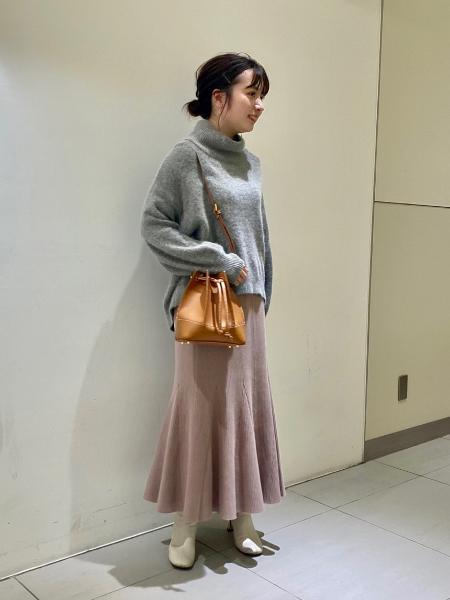 NOBLEのMINAニット マーメイドスカートを使ったコーディネートを紹介します。|Rakuten Fashion(楽天ファッション/旧楽天ブランドアベニュー)1075870