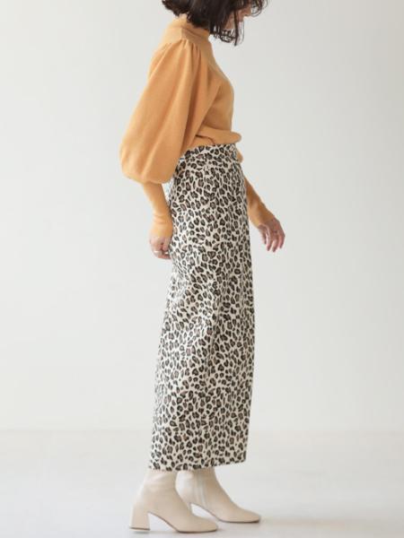 Bou Jeloudの【EC】レオパード柄タイトSKTを使ったコーディネートを紹介します。|Rakuten Fashion(楽天ファッション/旧楽天ブランドアベニュー)1076163