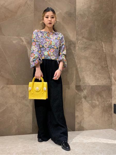 GRACE CONTINENTALのMini MS-21SSを使ったコーディネートを紹介します。 Rakuten Fashion(楽天ファッション/旧楽天ブランドアベニュー)1081242