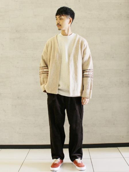 JOURNAL STANDARDの【ジャケット+パンツ2点SET】DADS コーデュロイ オーバーサイズ WBセットアップを使ったコーディネートを紹介します。|Rakuten Fashion(楽天ファッション/旧楽天ブランドアベニュー)1081360