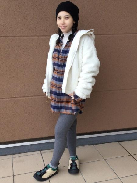 GAPの(M)スタンダードフィット ポケットフランネルシャツを使ったコーディネートを紹介します。|Rakuten Fashion(楽天ファッション/旧楽天ブランドアベニュー)1083384