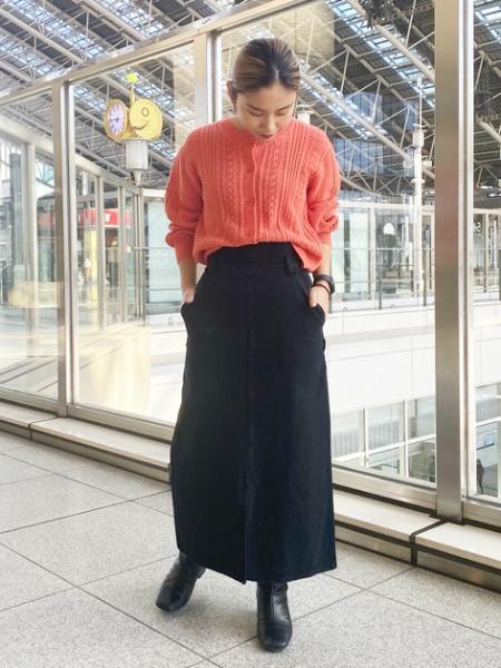 N. Natural Beauty Basic*のタイトマキシデニムスカートを使ったコーディネートを紹介します。|Rakuten Fashion(楽天ファッション/旧楽天ブランドアベニュー)1083372