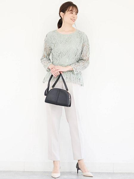 MK MICHEL KLEINのパール釦テーパードパンツを使ったコーディネートを紹介します。|Rakuten Fashion(楽天ファッション/旧楽天ブランドアベニュー)1084249