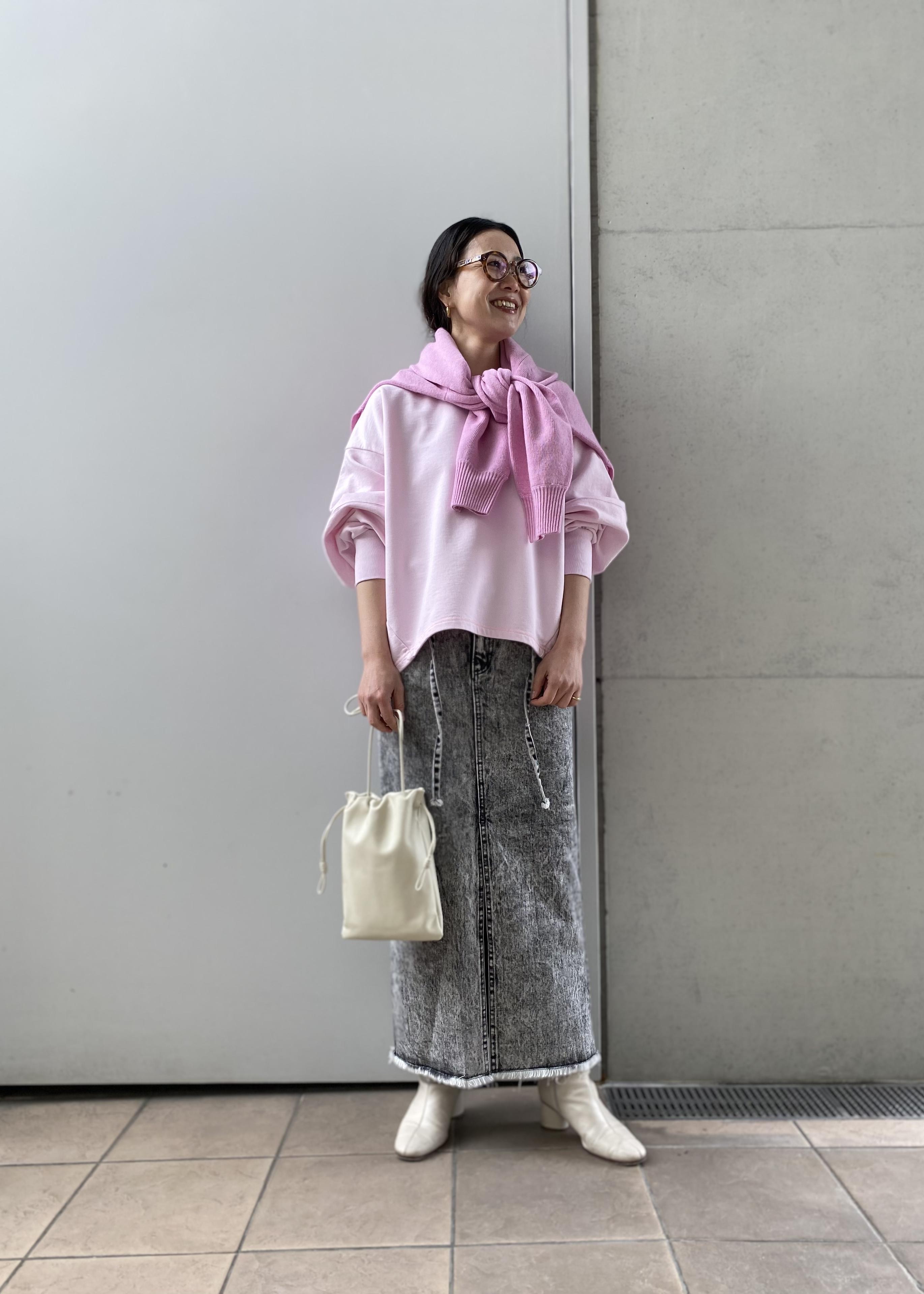 ADAM ET ROPE'の<追加>コクーン裏毛プルオーバーを使ったコーディネートを紹介します。|Rakuten Fashion(楽天ファッション/旧楽天ブランドアベニュー)1086415