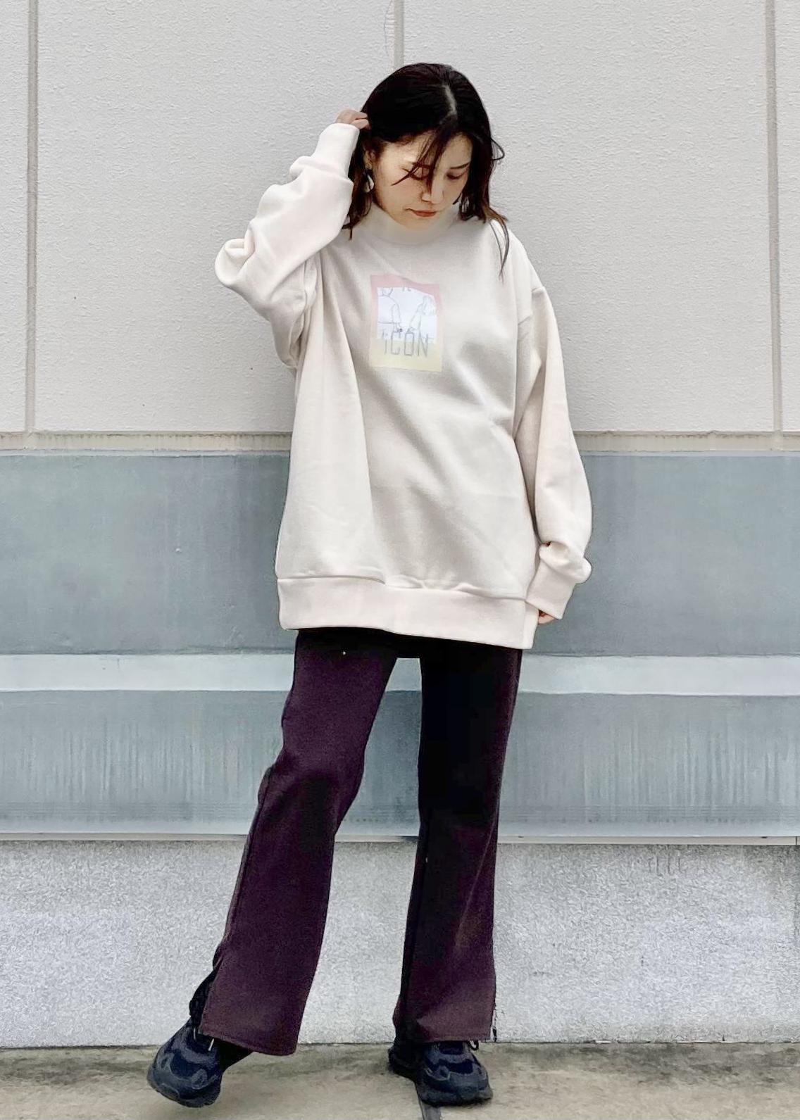 JUNRedのitiCONドラマティックモックネックを使ったコーディネートを紹介します。 Rakuten Fashion(楽天ファッション/旧楽天ブランドアベニュー)1086708