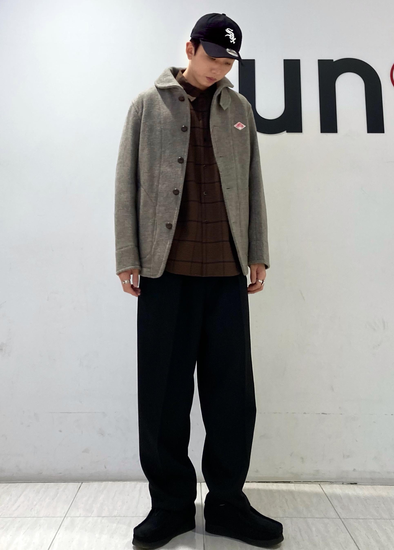 JUNRedのウォッシャブルサージインタックワイドパンツを使ったコーディネートを紹介します。 Rakuten Fashion(楽天ファッション/旧楽天ブランドアベニュー)1086608