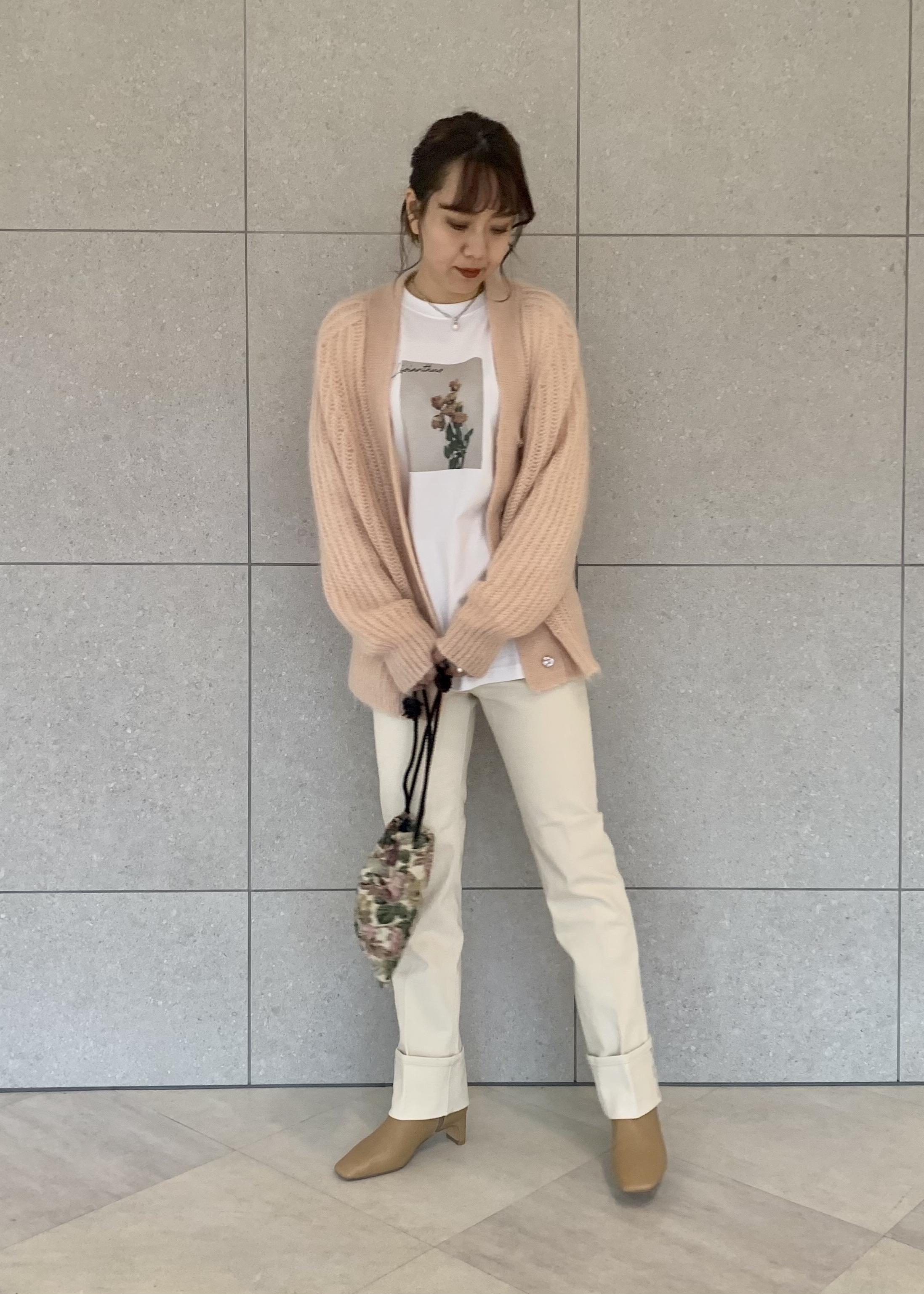 ROPE'の【21SS】ソフトレザースクエアショートブーツを使ったコーディネートを紹介します。|Rakuten Fashion(楽天ファッション/旧楽天ブランドアベニュー)1086850