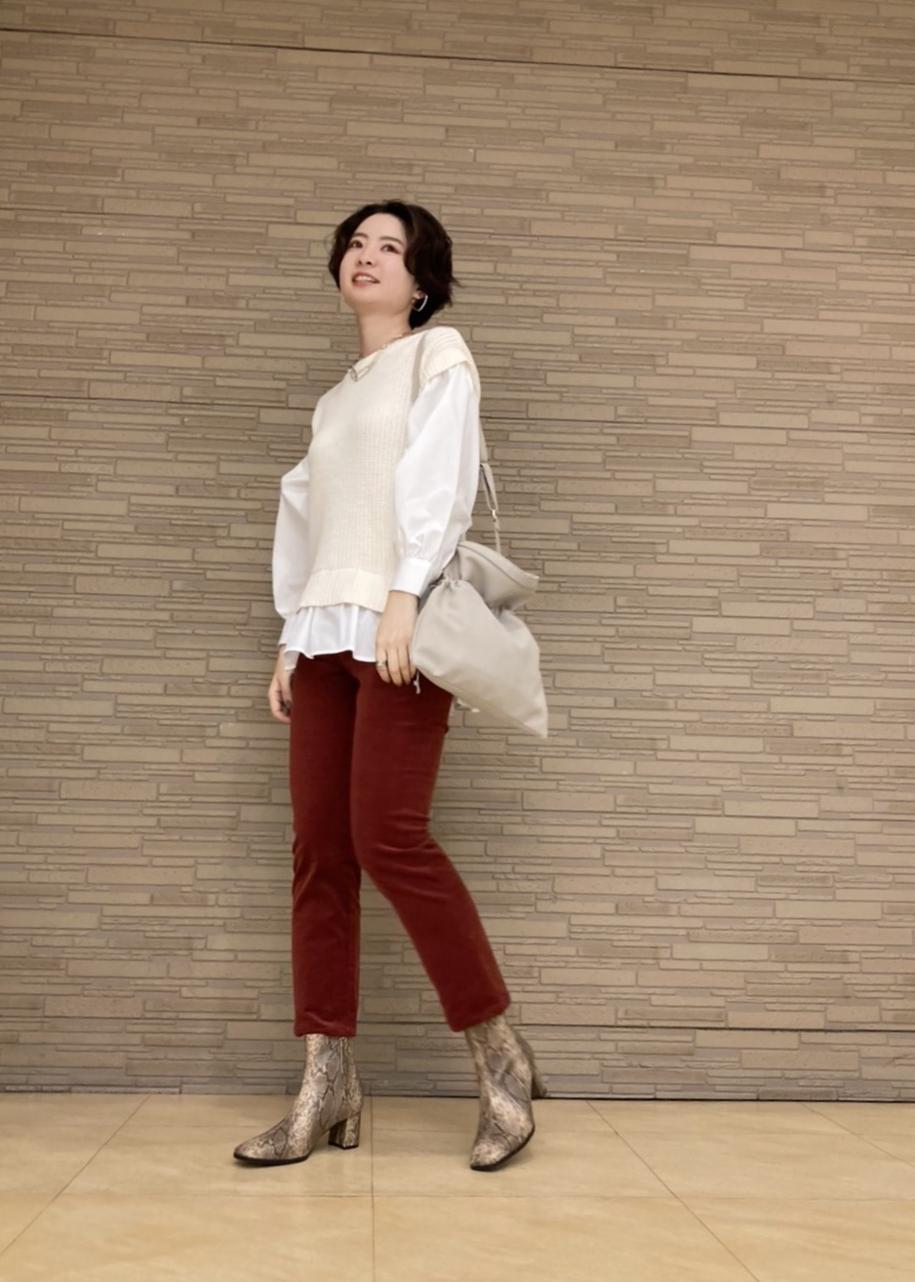 ViSのバックレースアップシャツドッキングプルオーバーを使ったコーディネートを紹介します。|Rakuten Fashion(楽天ファッション/旧楽天ブランドアベニュー)1087281