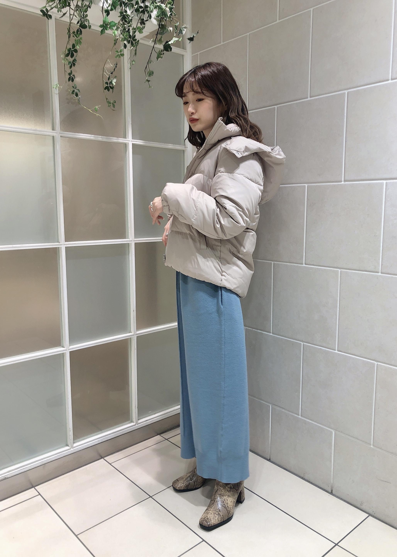 ViSのスクエアトゥセンターシームショートブーツを使ったコーディネートを紹介します。|Rakuten Fashion(楽天ファッション/旧楽天ブランドアベニュー)1087342