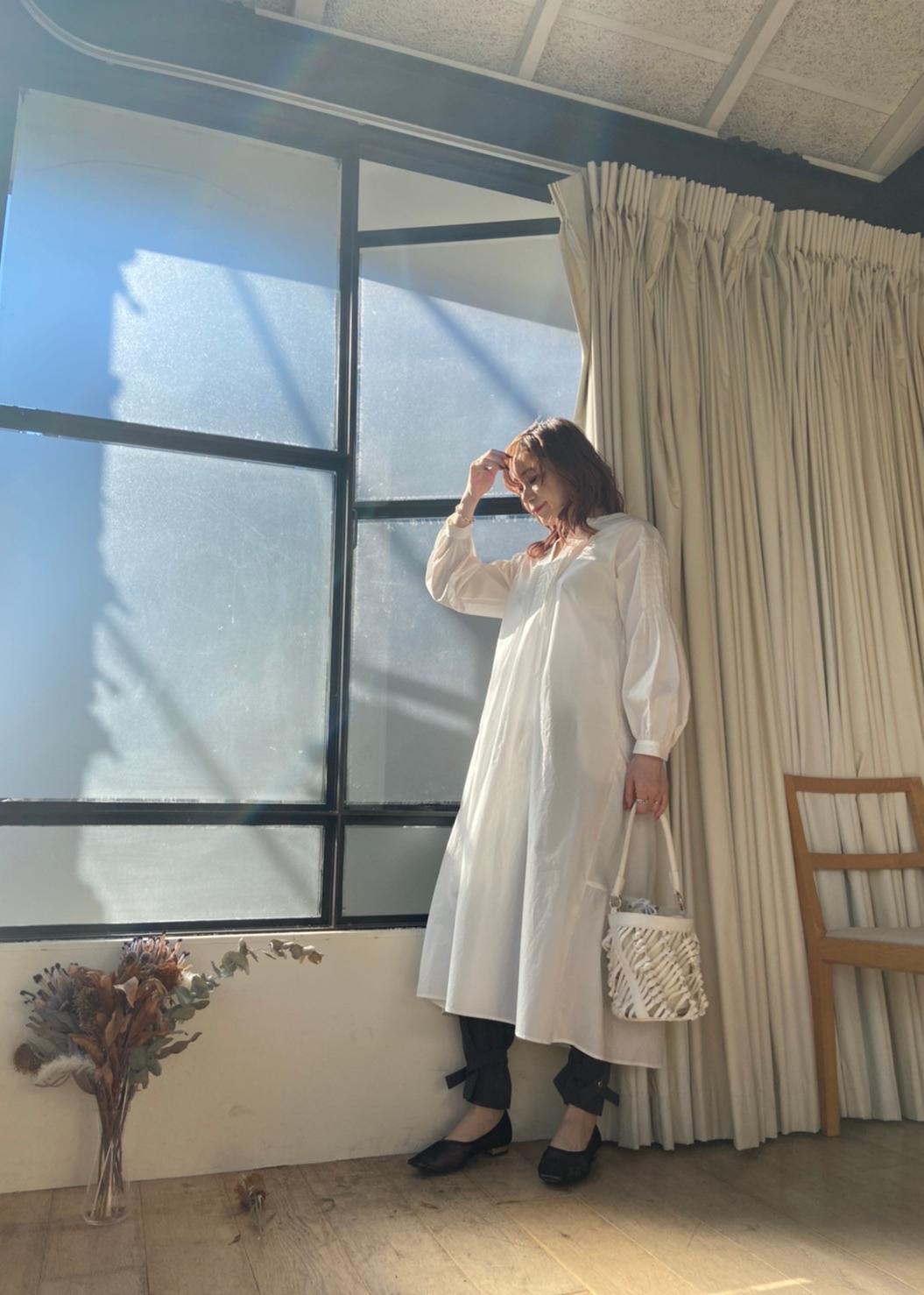 ViSの【WEB限定FSサイズ】バックティアードワンピースを使ったコーディネートを紹介します。|Rakuten Fashion(楽天ファッション/旧楽天ブランドアベニュー)1087150