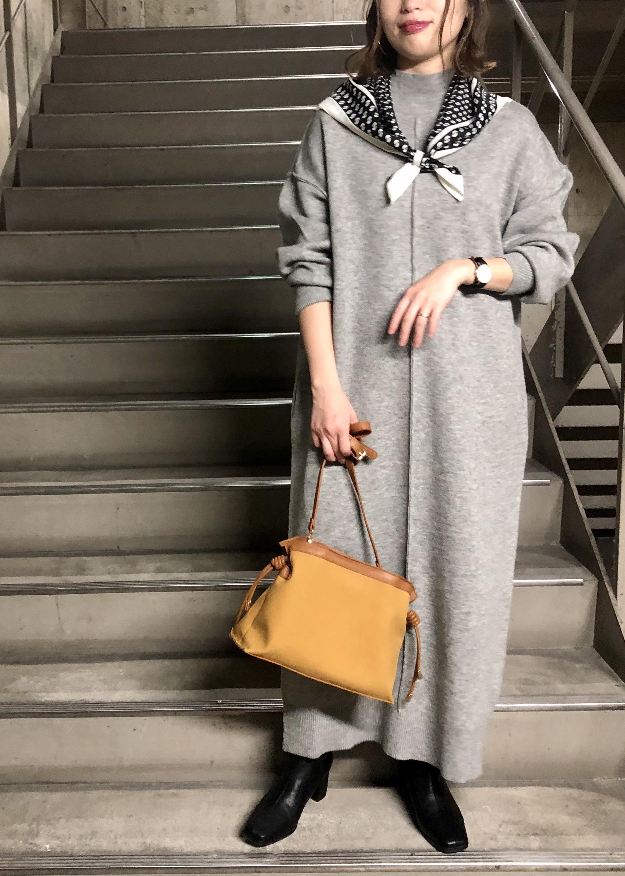 ViSのスクエアトゥセンターシームショートブーツを使ったコーディネートを紹介します。|Rakuten Fashion(楽天ファッション/旧楽天ブランドアベニュー)1087165