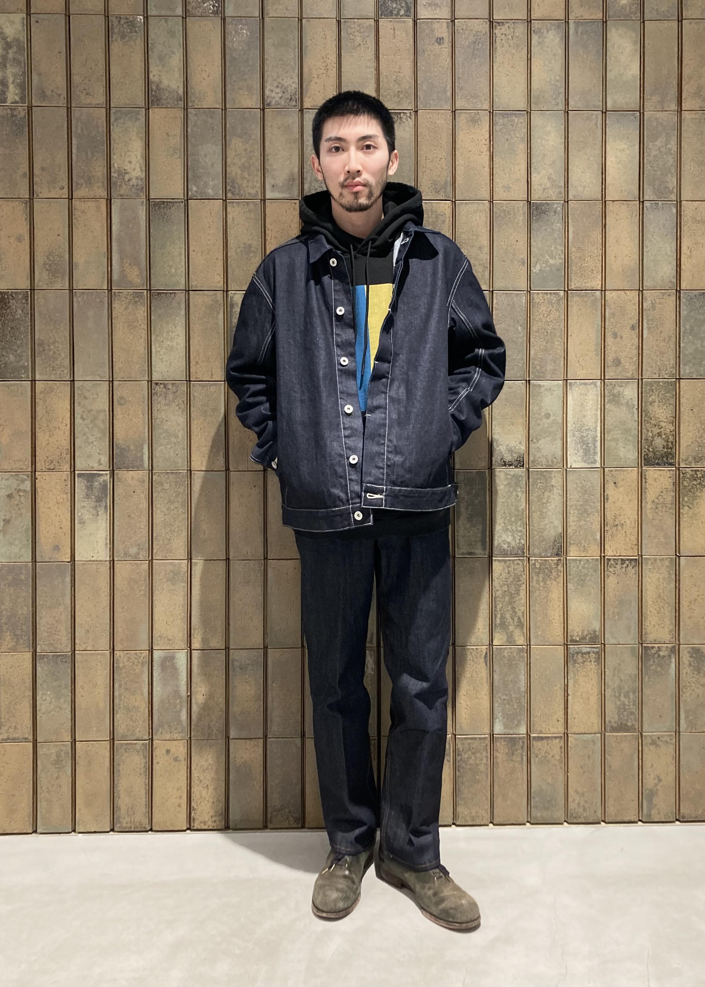 ADAM ET ROPE'のリコンストラクト デニムブルゾンを使ったコーディネートを紹介します。|Rakuten Fashion(楽天ファッション/旧楽天ブランドアベニュー)1088247