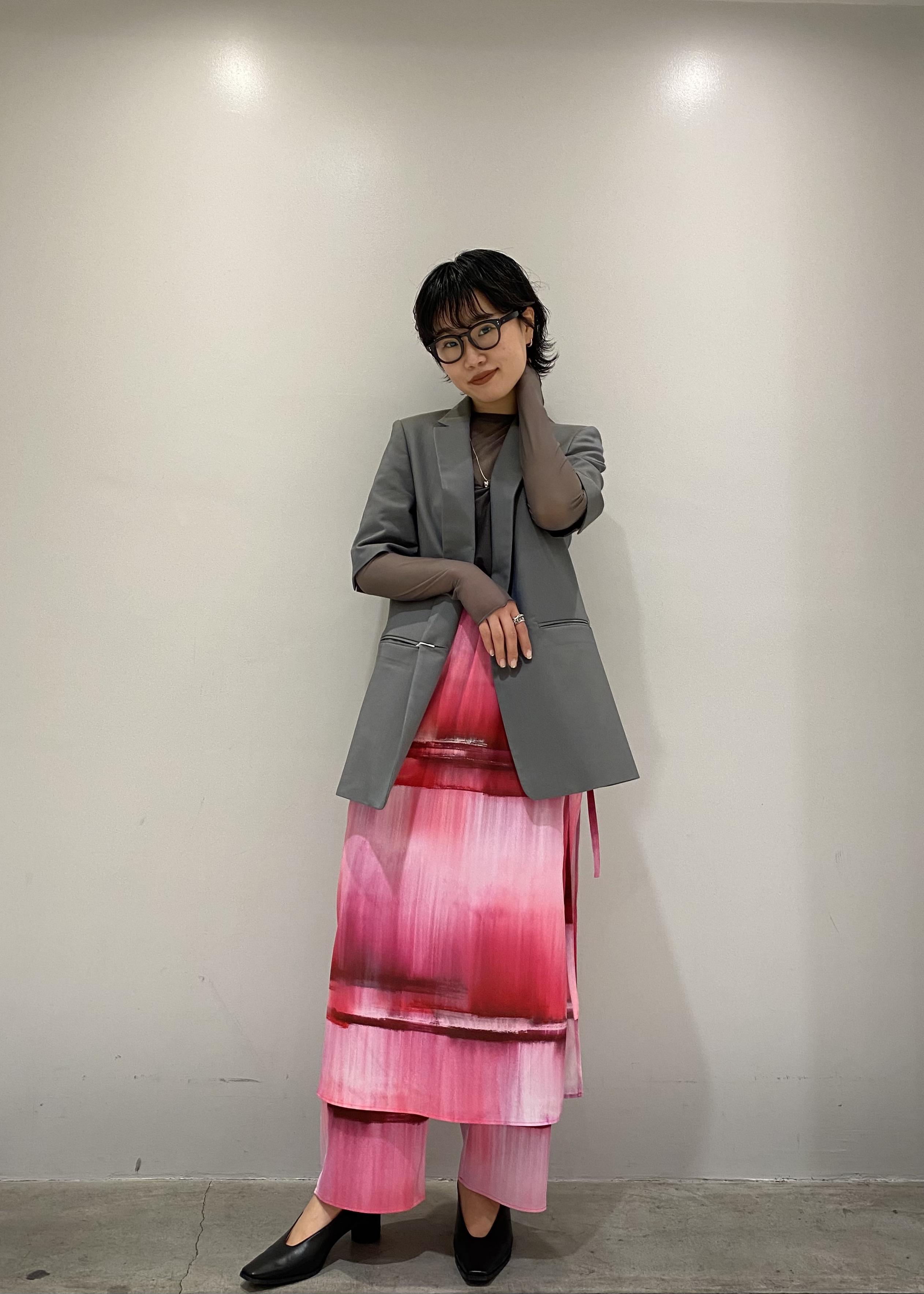 ADAM ET ROPE'のシースループルオーバーを使ったコーディネートを紹介します。|Rakuten Fashion(楽天ファッション/旧楽天ブランドアベニュー)1088254