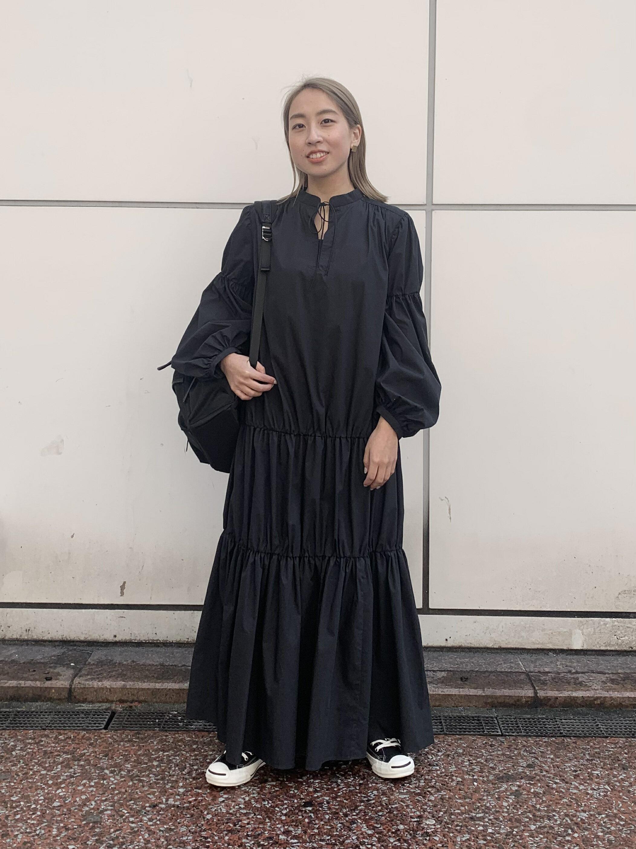 ADAM ET ROPE'のマルチポケットバックパックを使ったコーディネートを紹介します。|Rakuten Fashion(楽天ファッション/旧楽天ブランドアベニュー)1088232