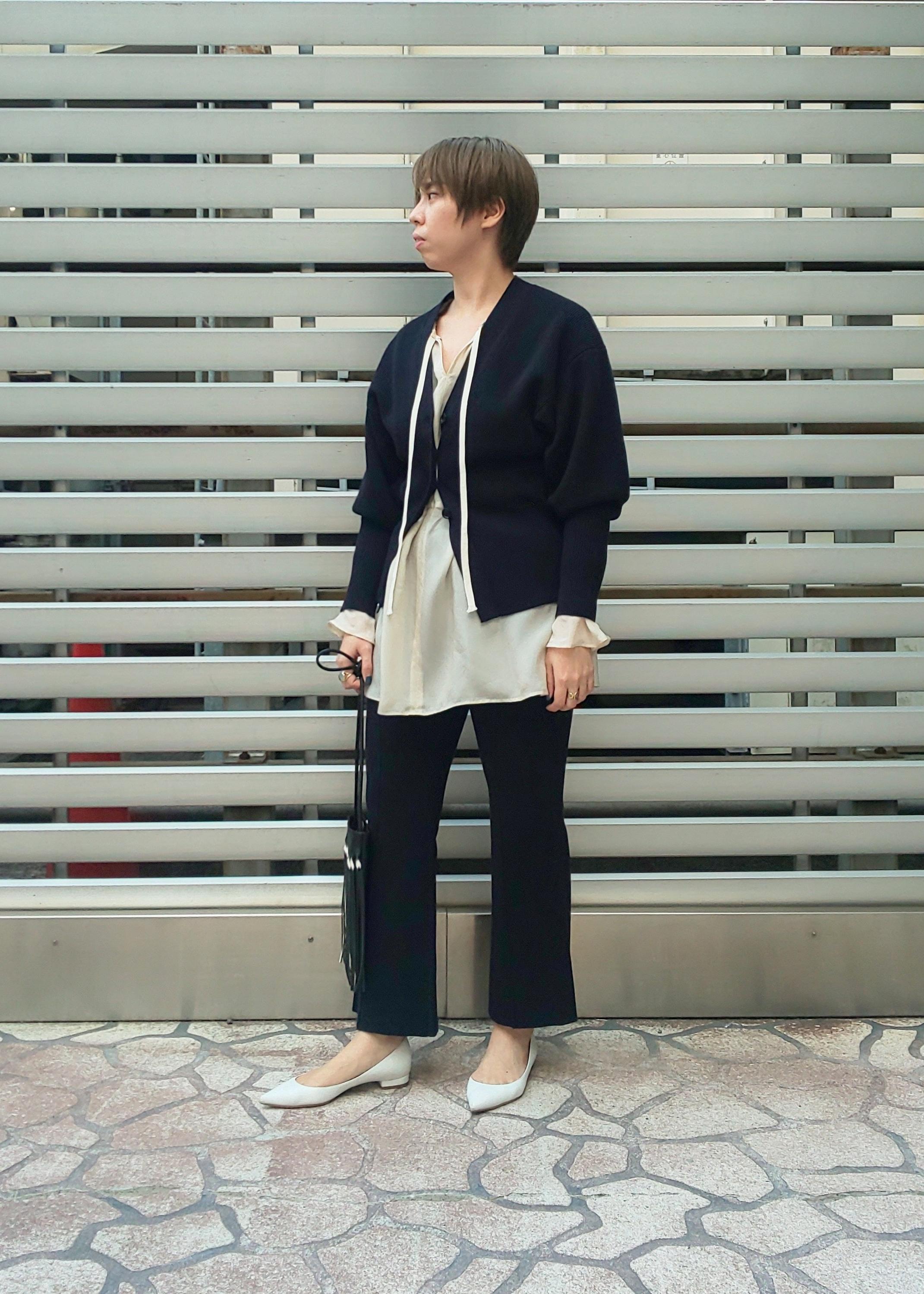 ADAM ET ROPE'の【セットアップ対応】フォルムニットカーディガンを使ったコーディネートを紹介します。|Rakuten Fashion(楽天ファッション/旧楽天ブランドアベニュー)1088161