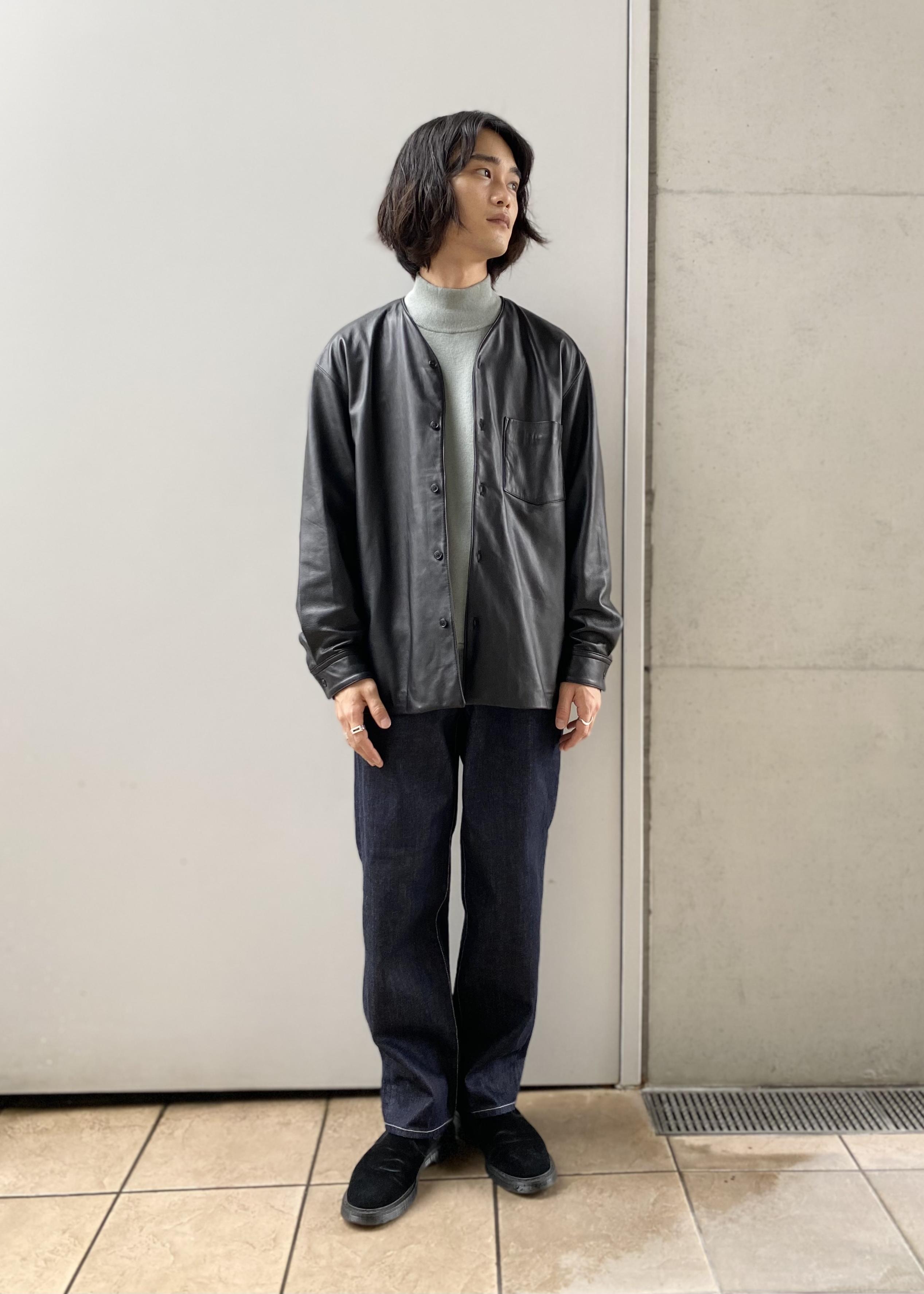 ADAM ET ROPE'のリコンストラスト ルーズテーパード スラックスデニムを使ったコーディネートを紹介します。|Rakuten Fashion(楽天ファッション/旧楽天ブランドアベニュー)1088447