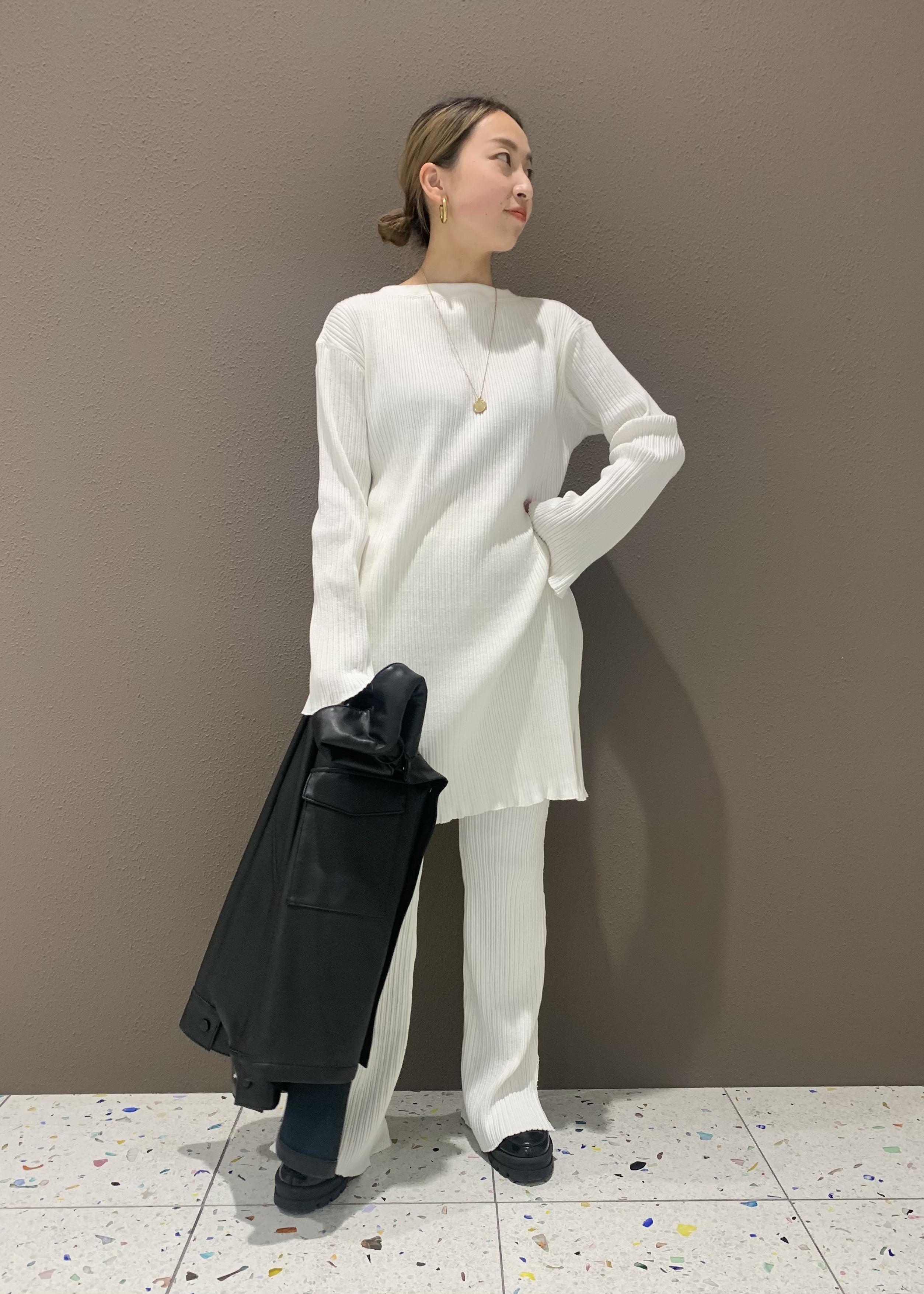 ADAM ET ROPE'の【セットアップ対応】スラブテレコロングプルオーバーを使ったコーディネートを紹介します。|Rakuten Fashion(楽天ファッション/旧楽天ブランドアベニュー)1088569