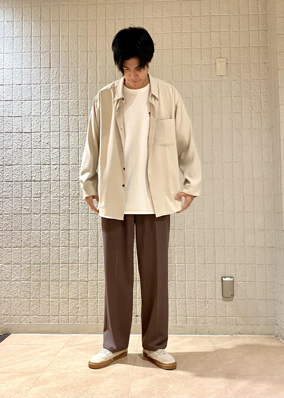 JUNRedのドレープレギュラーシャツを使ったコーディネートを紹介します。|Rakuten Fashion(楽天ファッション/旧楽天ブランドアベニュー)1088759