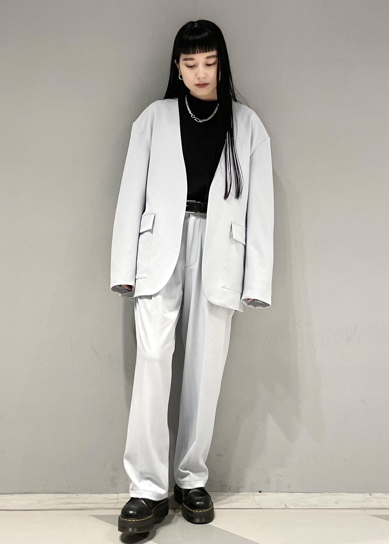 JUNRedのテクスチャーTRルーズノーカラーJKTを使ったコーディネートを紹介します。|Rakuten Fashion(楽天ファッション/旧楽天ブランドアベニュー)1088786
