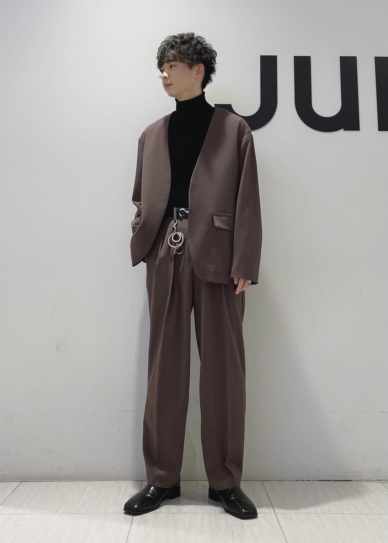 JUNRedのテクスチャーTRルーズノーカラーJKTを使ったコーディネートを紹介します。 Rakuten Fashion(楽天ファッション/旧楽天ブランドアベニュー)1088799