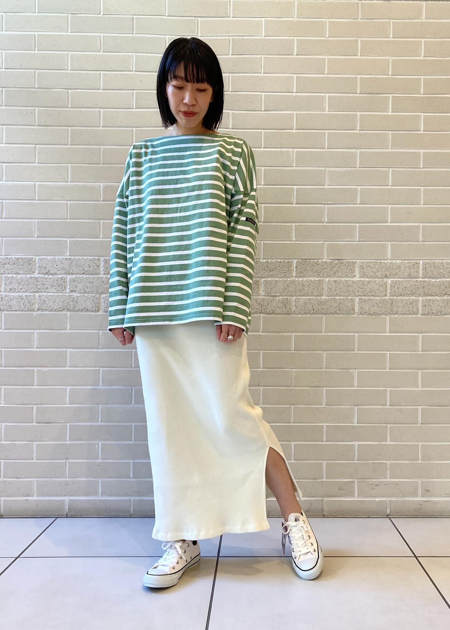 SALON adam et rope'の【セットアップ対応】ヴィンテージライクリブタイトスカートを使ったコーディネートを紹介します。|Rakuten Fashion(楽天ファッション/旧楽天ブランドアベニュー)1088969