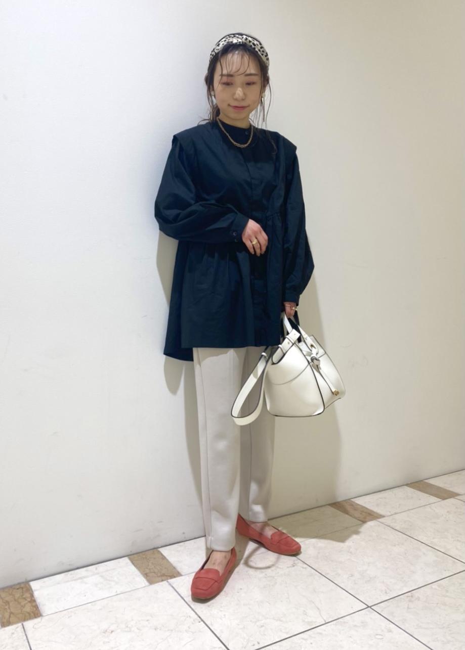 ViSの【HARUTA*Juze】スクエアトゥワンベルトソフトローファーを使ったコーディネートを紹介します。|Rakuten Fashion(楽天ファッション/旧楽天ブランドアベニュー)1089234