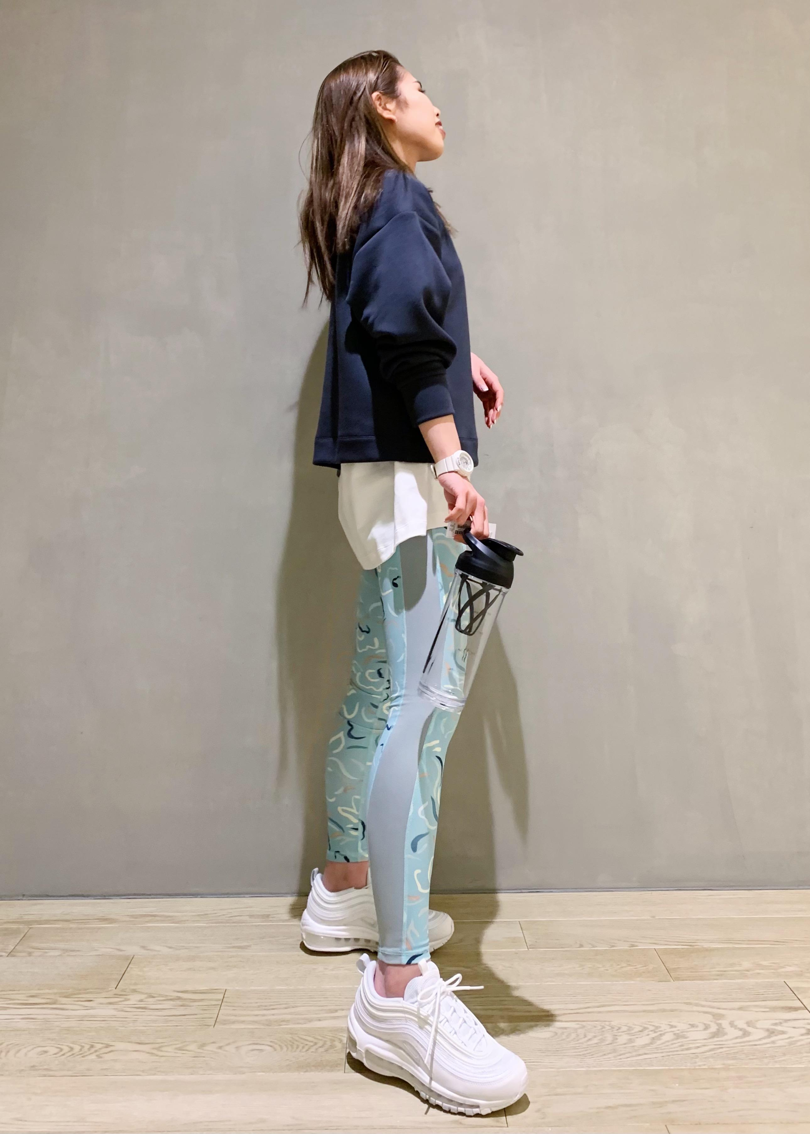 NERGYの【Active Suit】抗菌&防臭 スプリングフラワー スポーツレギンスを使ったコーディネートを紹介します。|Rakuten Fashion(楽天ファッション/旧楽天ブランドアベニュー)1089354