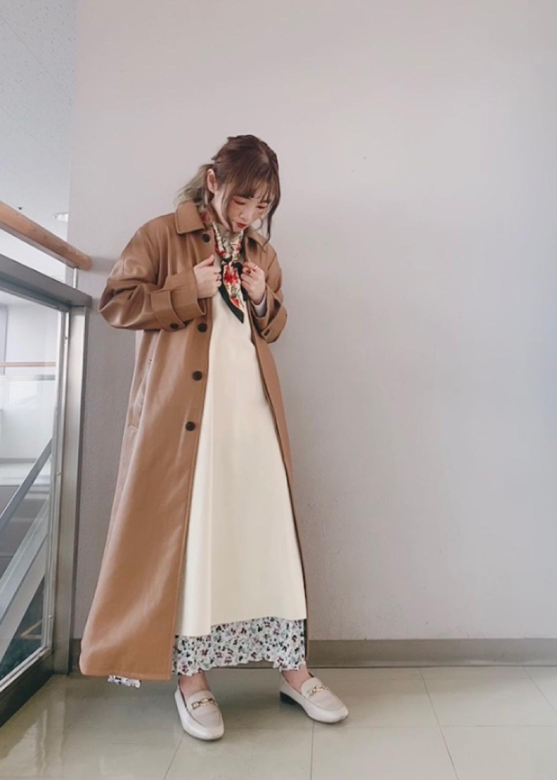 ROPE' PICNICのロングニットベストを使ったコーディネートを紹介します。 Rakuten Fashion(楽天ファッション/旧楽天ブランドアベニュー)1089455