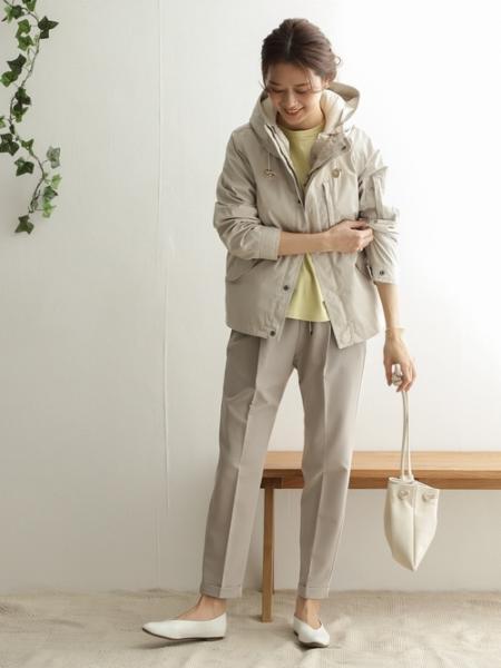 URBAN RESEARCH DOORSのVカットパンプスを使ったコーディネートを紹介します。|Rakuten Fashion(楽天ファッション/旧楽天ブランドアベニュー)1084919