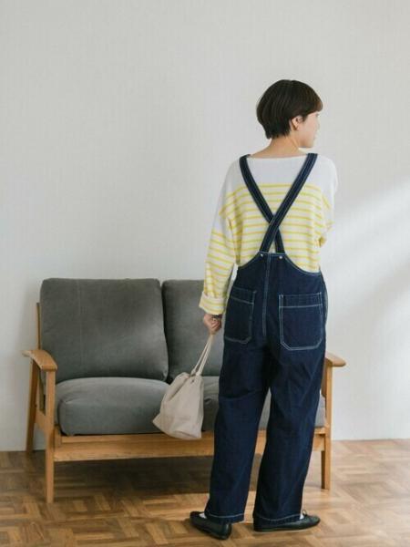 URBAN RESEARCH DOORSのFORK&SPOON 接結デニムサロペットを使ったコーディネートを紹介します。|Rakuten Fashion(楽天ファッション/旧楽天ブランドアベニュー)1085026