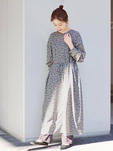 JOURNAL STANDARDのフラワープリント2WAYワンピースを使ったコーディネートを紹介します。|Rakuten Fashion(楽天ファッション/旧楽天ブランドアベニュー)1085750