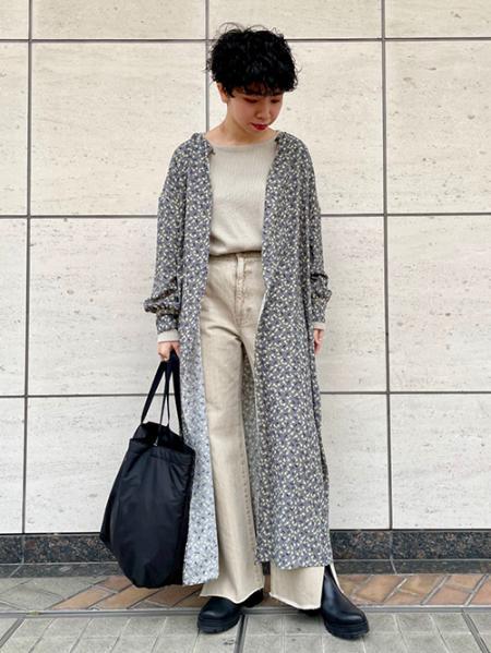 JOURNAL STANDARDのフラワープリント2WAYワンピースを使ったコーディネートを紹介します。|Rakuten Fashion(楽天ファッション/旧楽天ブランドアベニュー)1085769