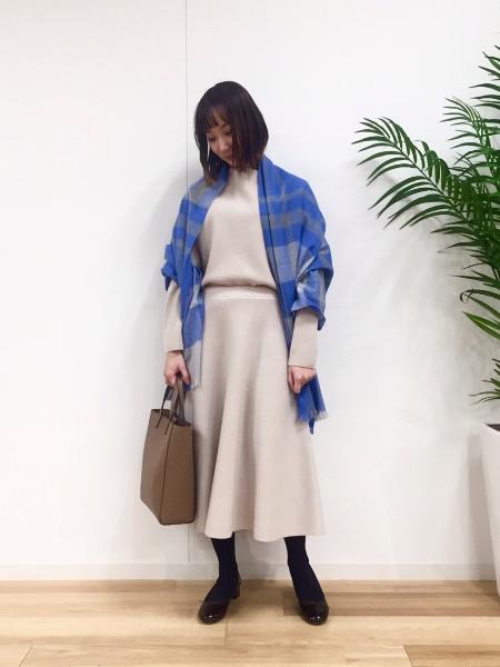 MACKINTOSH PHILOSOPHYのフレアニットスカートを使ったコーディネートを紹介します。|Rakuten Fashion(楽天ファッション/旧楽天ブランドアベニュー)1087531