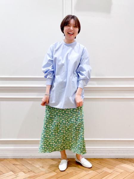 IENAのウィステリア フラワースリットスカート◆を使ったコーディネートを紹介します。|Rakuten Fashion(楽天ファッション/旧楽天ブランドアベニュー)1087729