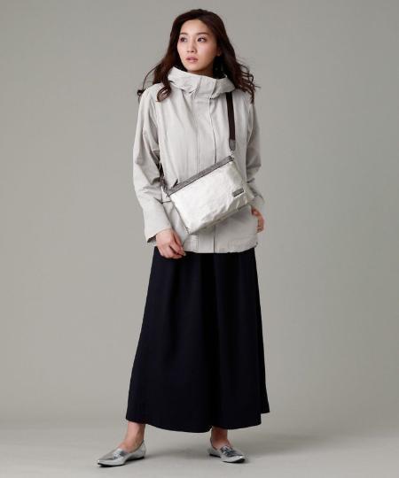 EVEX by KRIZIAの【ウォッシャブル】メモリーグログランマウンテンパーカーを使ったコーディネートを紹介します。 Rakuten Fashion(楽天ファッション/旧楽天ブランドアベニュー)1089902