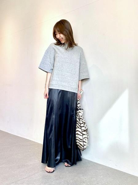 Whim Gazetteのウラケスウェットを使ったコーディネートを紹介します。|Rakuten Fashion(楽天ファッション/旧楽天ブランドアベニュー)1090222