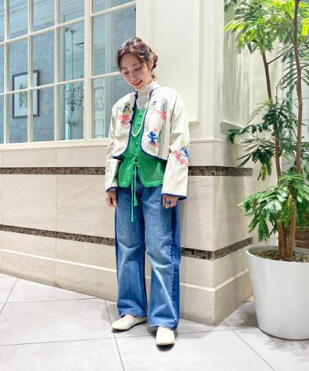 BEAMS WOMENのBEAMS BOY / ウエスタン リバーシブル ジャケットを使ったコーディネートを紹介します。 Rakuten Fashion(楽天ファッション/旧楽天ブランドアベニュー)1090363
