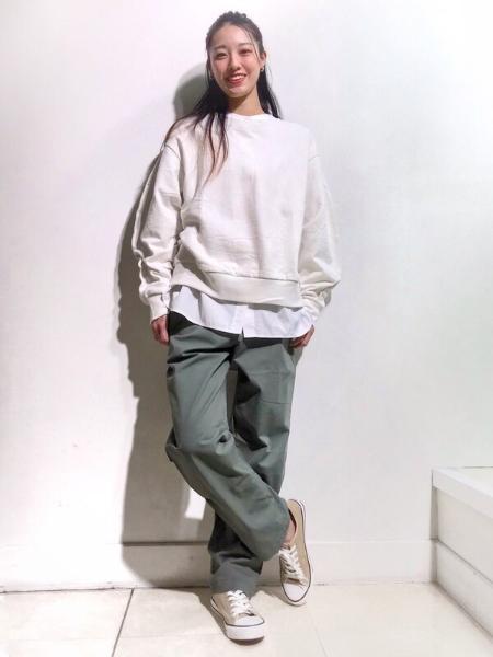 GAPの(M)Gapflex リラックステーパードパンツを使ったコーディネートを紹介します。|Rakuten Fashion(楽天ファッション/旧楽天ブランドアベニュー)1090690