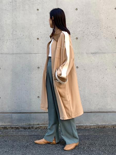 FROM FIRST MUSEEのトレンチミディコートを使ったコーディネートを紹介します。|Rakuten Fashion(楽天ファッション/旧楽天ブランドアベニュー)1090904