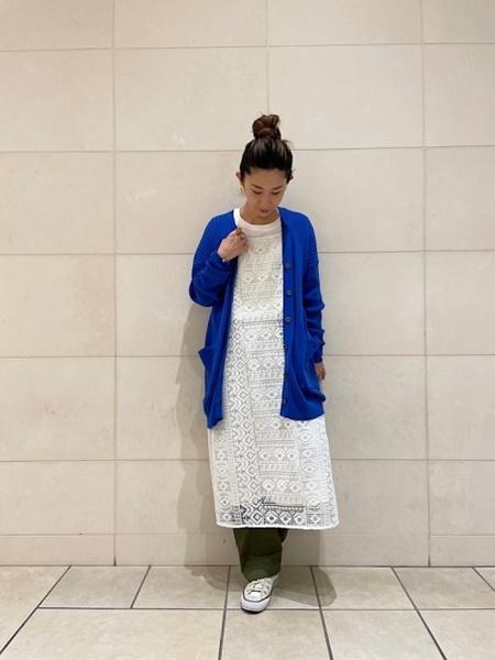 SHIPSのSHIPS any: ラウンドヘム ロングスリーブ TEE2<吸水速乾>を使ったコーディネートを紹介します。|Rakuten Fashion(楽天ファッション/旧楽天ブランドアベニュー)1091221