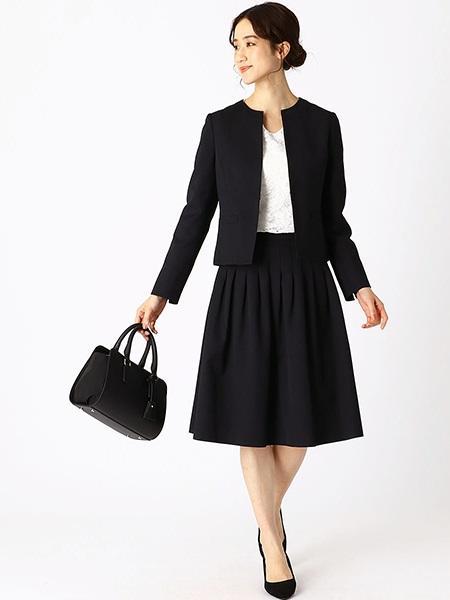 COMME CA ISMの<フェイクレザー> ミニボストン バックを使ったコーディネートを紹介します。 Rakuten Fashion(楽天ファッション/旧楽天ブランドアベニュー)1091436