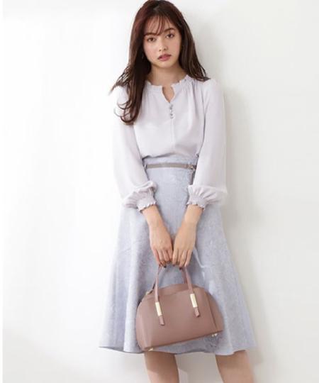 PROPORTION BODY DRESSINGのニュアンスジャガード切替フレアスカートを使ったコーディネートを紹介します。|Rakuten Fashion(楽天ファッション/旧楽天ブランドアベニュー)1091485